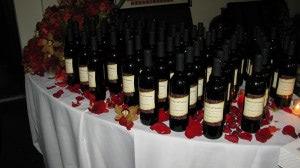 wineUdesign-anniversary-wine-bottles